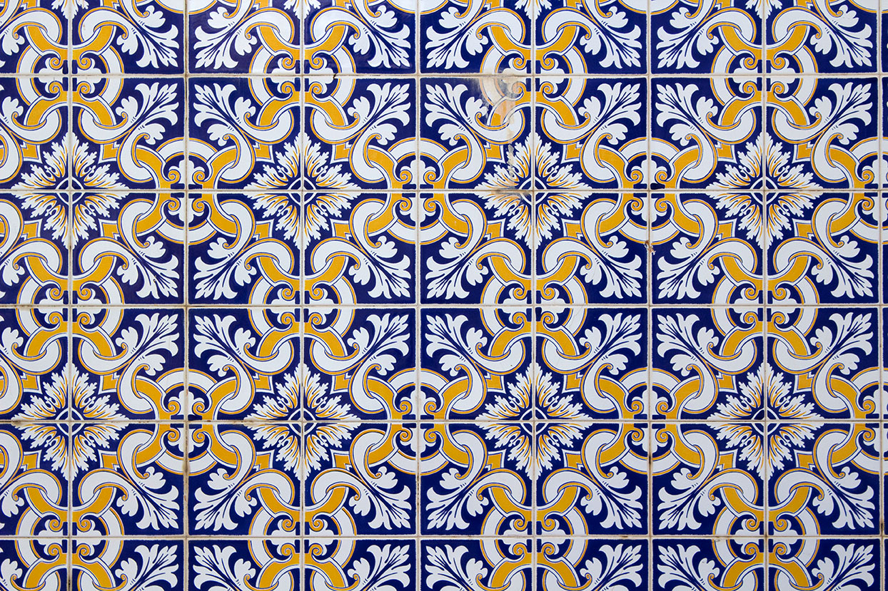 Azulejo portugu s hotel moov for Azulejo sobre azulejo
